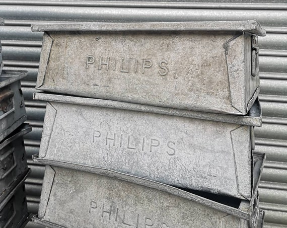 1970s Original British Made Galvanized Tote Pans / Trays Designed By John Gravenor For PHILIPS
