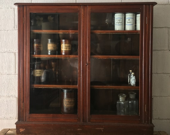 Early 1900s Pim Brothers Dublin Glass Fronted Display / Book Cabinet