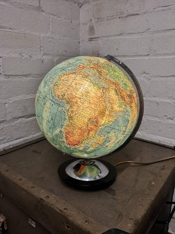 Vintage 1960s Columbus Duo Glass Globe Lamp