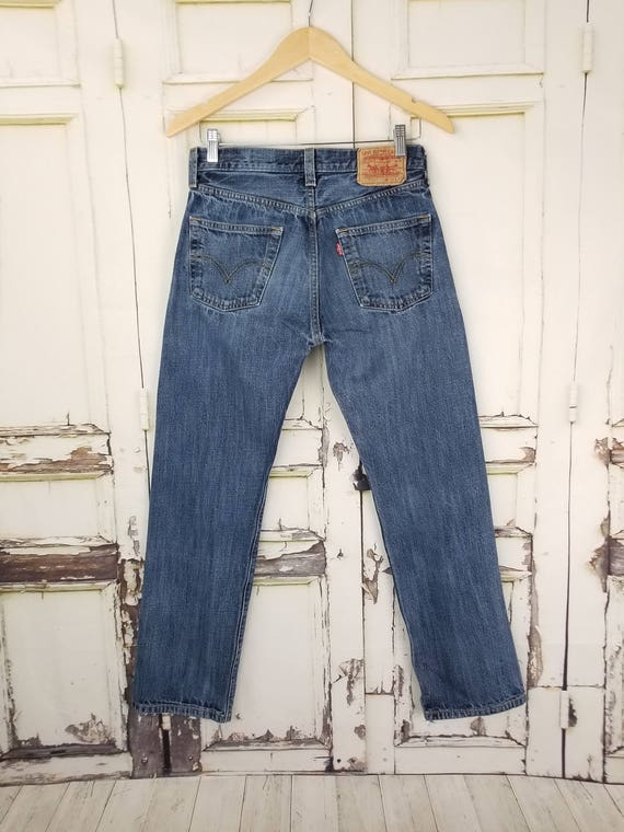 Levi's 501 High Waisted Mom Jeans // Women's size