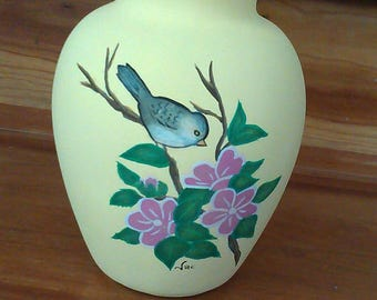 Hand painted vase tit