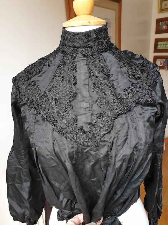 Beautiful original Edwardian/Victorian satin silk