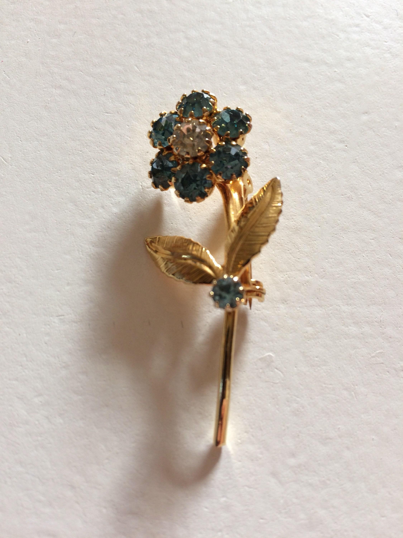 Vintage Deep Blue Rhinestone Flower Pin Brooch Goldtone