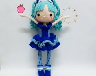 Crochet garage, Crochet doll pattern / Amigurumi doll pattern - GLINDA