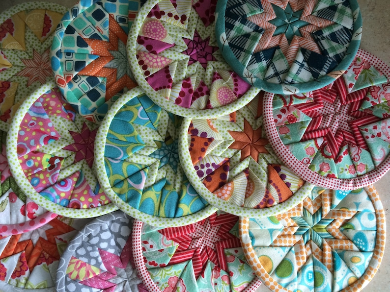 Becky's Easy Folded Star quilted coaster pattern download image 0