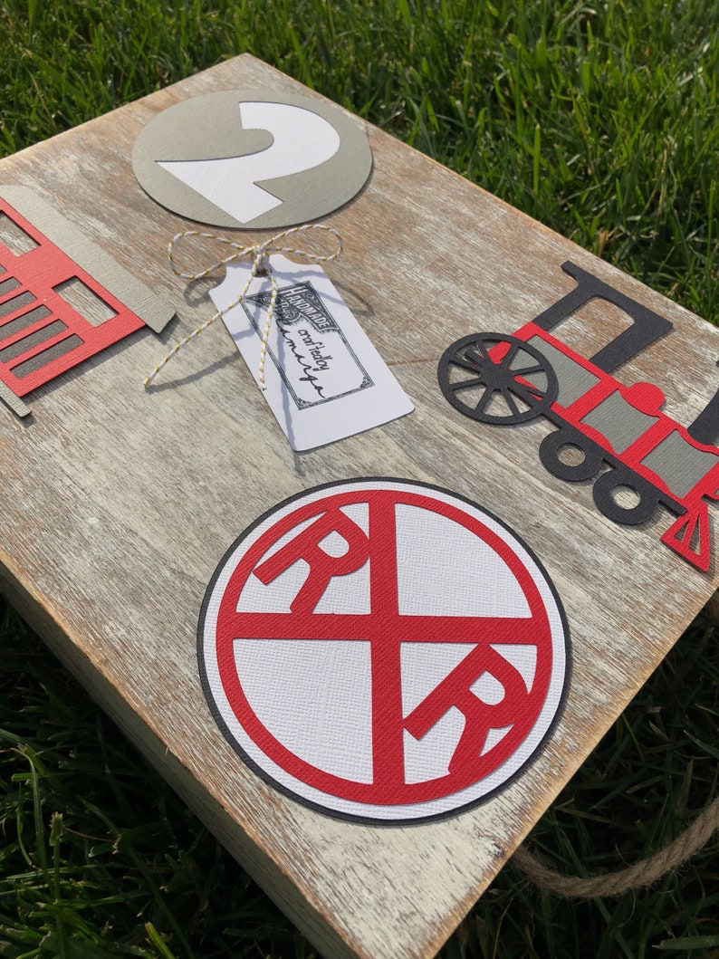 Train Themed Birthday Party Centerpieces