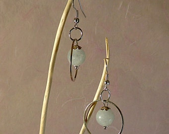 Pearl Earrings in aquamarine and silver rings