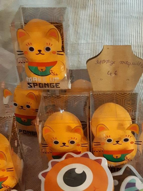 Eponge à maquillage Maneki Neko - Chat Porte-bonheur Doré