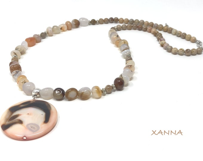 TANGER necklace /semiprecious stones/agatized fossil coral and agate/agate/Boho chic elegant casual