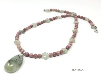Necklace DOUCE/piedras semiprecious/Prehnite green and Rodhonite pink/Prehnite teardrop pendant Green/Boho chic elegant Casual