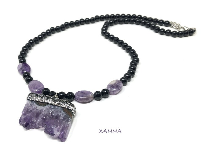 GEA3 Necklace /Semiprecious/Onyx Stones and Amethyst Crystal Rock Pendant/Elegant Casual Boho Chic