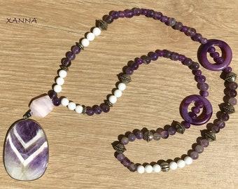 Violet/piedras semi-precious necklace/white violet and fluorite agate/elegant Casual chic agate pendant/Boho