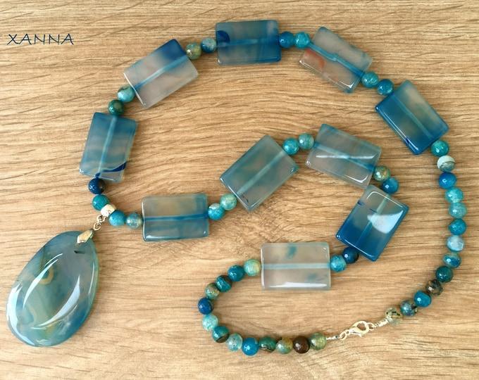 Semi-precious AQUA/piedras necklace/Blue agate/Blue agate pendant/Elegant Casual chic Boho
