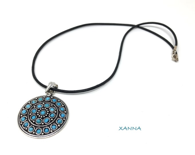 Necklace Pendant 2 semi precious/piedras/silver pendant with turquoise inlaid/Boho chic casual Elegant