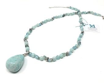 Collar gargantilla XÈNIA /piedras semipreciosas/apatita azul y amazonita/colgante larimar azul turquesa/boho chic, elegante, informal