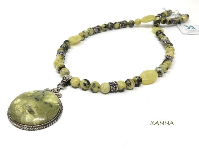 Collar Necklace KASSANDRA/piedras semiprecious/serpentine/serpentine pendant/boho chic, elegant, casual