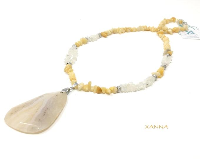 Collar MARSELLA /piedras semipreciosas/aventurina amarilla y piedra luna/colgante ágata amarilla/boho chic, elegante e informal