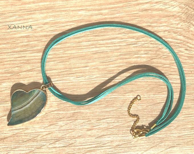 CHIC&LOVE Choker Necklace (XIV) /SemiPrecious Stones/Snake Agate Heart Pendant/Boho Chic Inormal and Elegant
