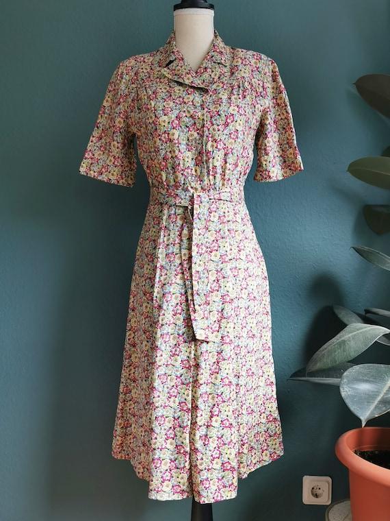 1940s Dress / 40s Day Dress /  40s Floral Dress /