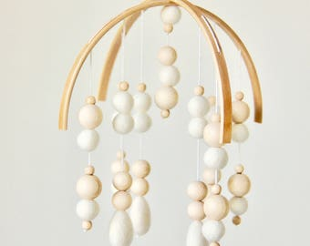 Felt ball mobile with drops •  Handmade nursery mobile • W H I T E & W O O D