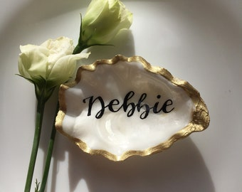 The Dainties - small, personalised, calligraphy oyster shell place cards/place settings /wedding favours /beach themed gold silver rose gold