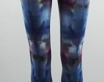 Fractal effect Small capri length leggings .  LGCS1359