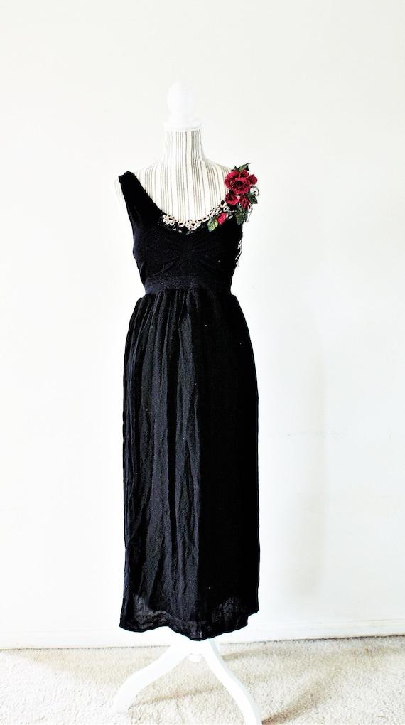Plus size 12-18 XL-XXL Sun Dress Red and Ecru Rose Applique Boho Shabby  Chic Resort Wear Empire Waist Gypsy Figure Flattering Dress