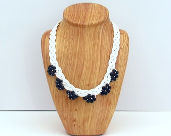 White and Black Necklace, White Necklace, White Necklace Summer Jewelry, Summer Necklace, Black and White Necklace, Black and White Jewelry