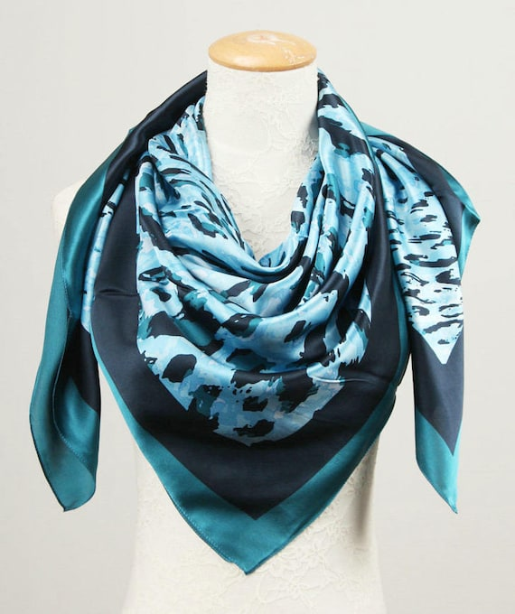 in variety of colours Jacquard woven pattern Square Scarves 110cm x 110cm