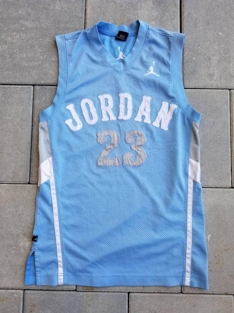 sale retailer 2d601 a0dc1 Air Jordan #23 Michael Jordan Carolina Blue Basketball Jersey Size Small  Men's