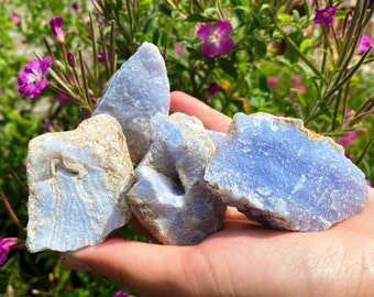 Blue lace agate crystals, blue agate crystals, raw blue lace agate, rough blue agate, blue lace agate raw, anxiety crystals uk blue laced