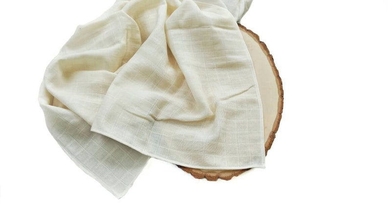Natural blanket Organic muslin swaddle blanket Double gauze baby blanket Cream baby blanket Neutral swaddle Newborn photo prop boy
