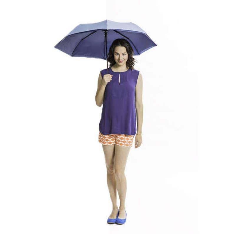 PARASUN All-Weather UV Sun Umbrella in Blue/Navy image 0