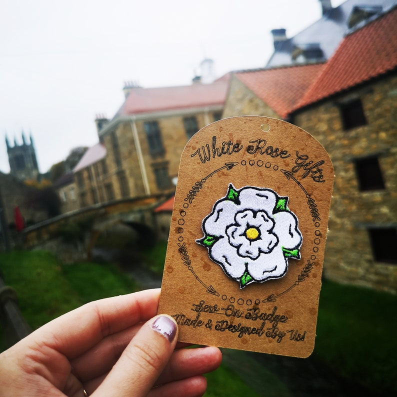 Yorkshire Rose Embroidered Sew On Badge/Patch image 0