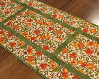 Quilted Fall Table Runner, Pumpkin Table Runner, Thanksgiving Table Runner, Fall Table Decor, Autumn Table Runner, Fall Quilt