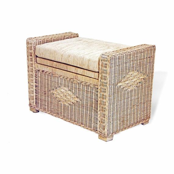 Enjoyable Bruno Handmade 26 Inch Rattan Wicker Chest Storage Trunk Organizer Ottoman W Cushion White Wash Inzonedesignstudio Interior Chair Design Inzonedesignstudiocom