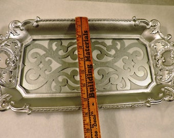 vintage metal tray mexico handpainted 18 12 by 13 cut out handles