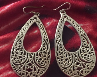 Vintage Israel Sterling Silver Filigree Teardrop Dangle Earrings