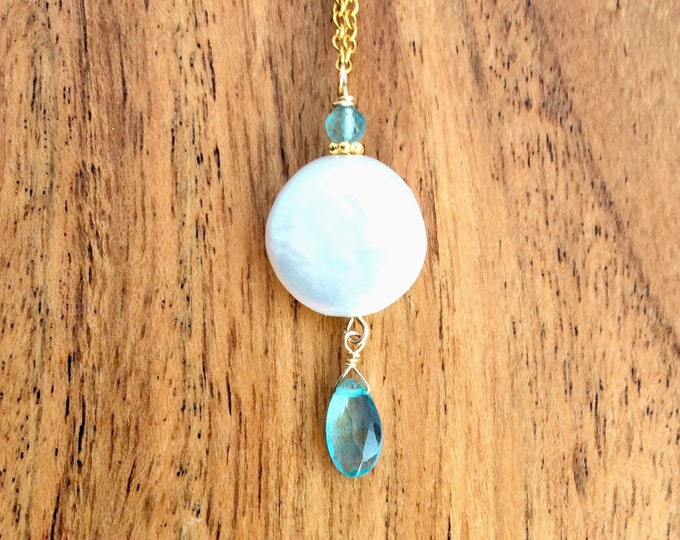 Coin Pearl Necklace With Blue Apatite