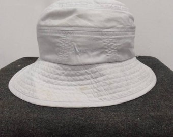 a1054988c0ec6 Aquascutum logo hat Size 57.5cm Bucket hat Made in Japan