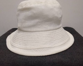 5dd7d8c4ad4eb Kenzo Embroidered Bucket Hat in White Colour