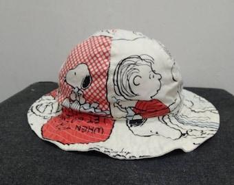 9ce568cb7e737 Bucket hat Peanut n Snoopy