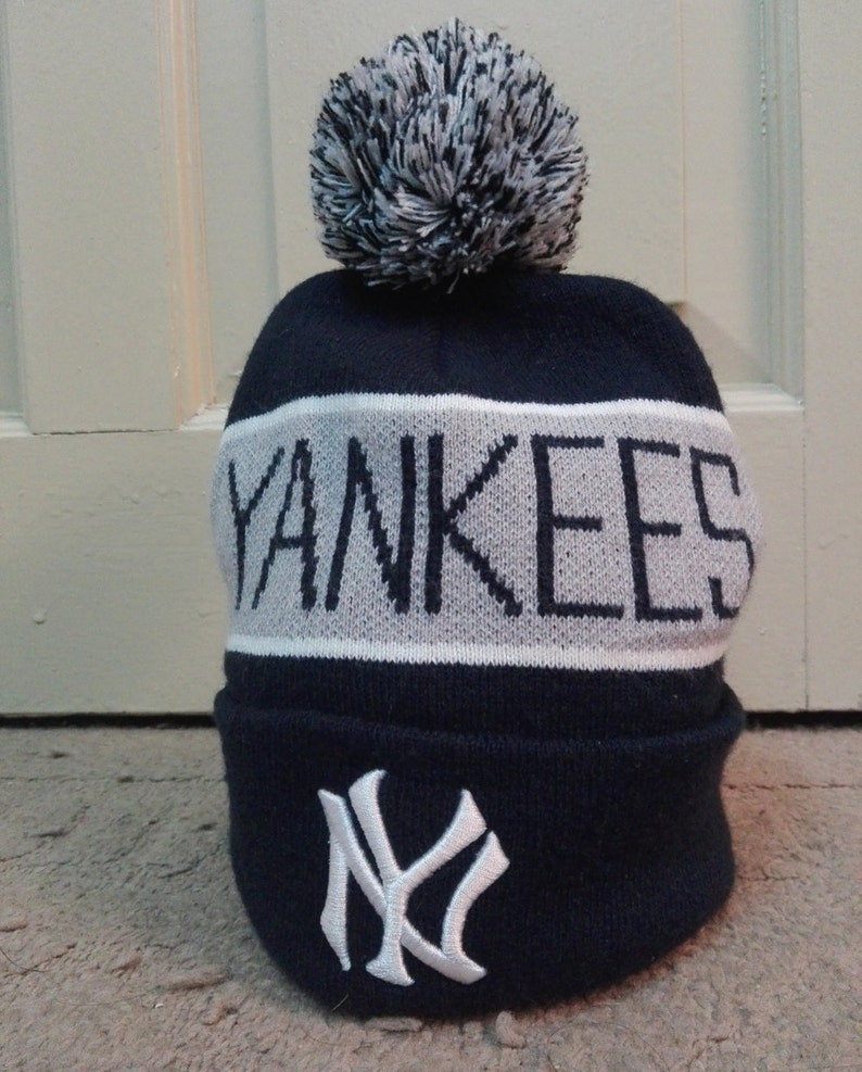 128fb235443 New York Yankees Cooperstown Collection bobble beanie hat navy