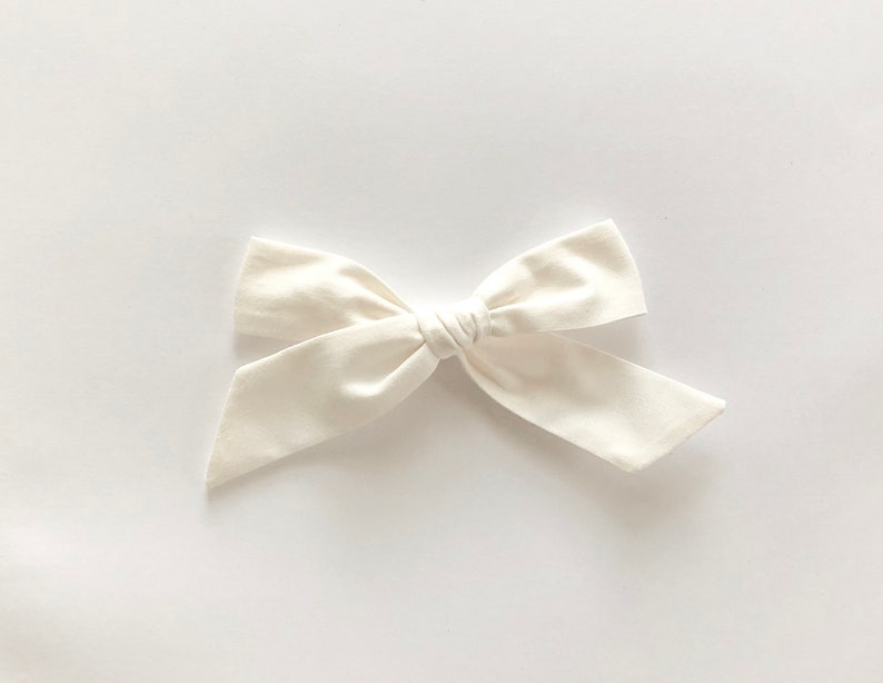 OFF white Summer bow