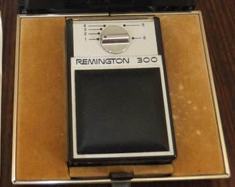 A gift for him, Remington mobile razor,Australian made and in working order!!