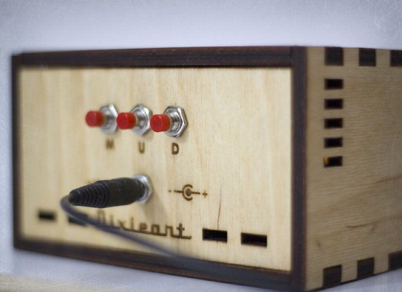 IN-12 Nixie tube clock with amber backlight, AC/DC adapter and wooden case