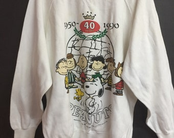 Vintage 90s Peanuts snoopy 40th years 1950-1990 sweatshirt M