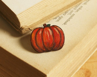Pumpkin pin, Pumpkin brooch, miniature wooden pumpkin pin handmade jewelry, plant pin unique handmade pumpkin brooch, wooden pumpkin  badge