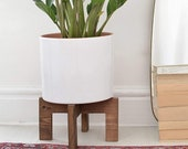 Wooden handmade footed planter, Tall Solid wood Modern Adjustable Plant Stands, Single pot stand, Plant stools indoor, wooden stand