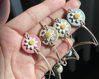 Daisy Polymer Clay Bracelet , Pastel color clay Bracelet, Leather cord bracelet, Adjustable Clay Bracelet